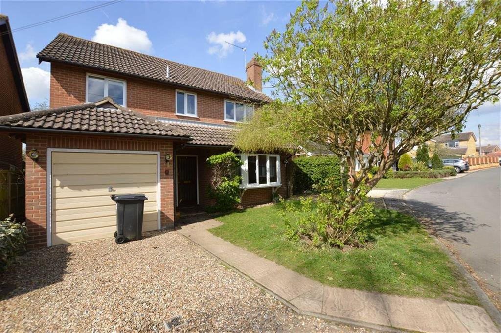 4 Bedrooms Detached House for rent in Russet Close, Sonning Common