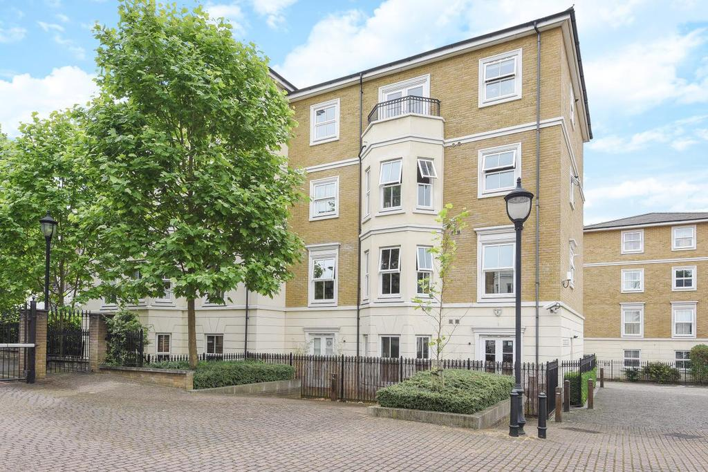 3 Bedrooms Flat for sale in Caledonian Square, Camden, NW1