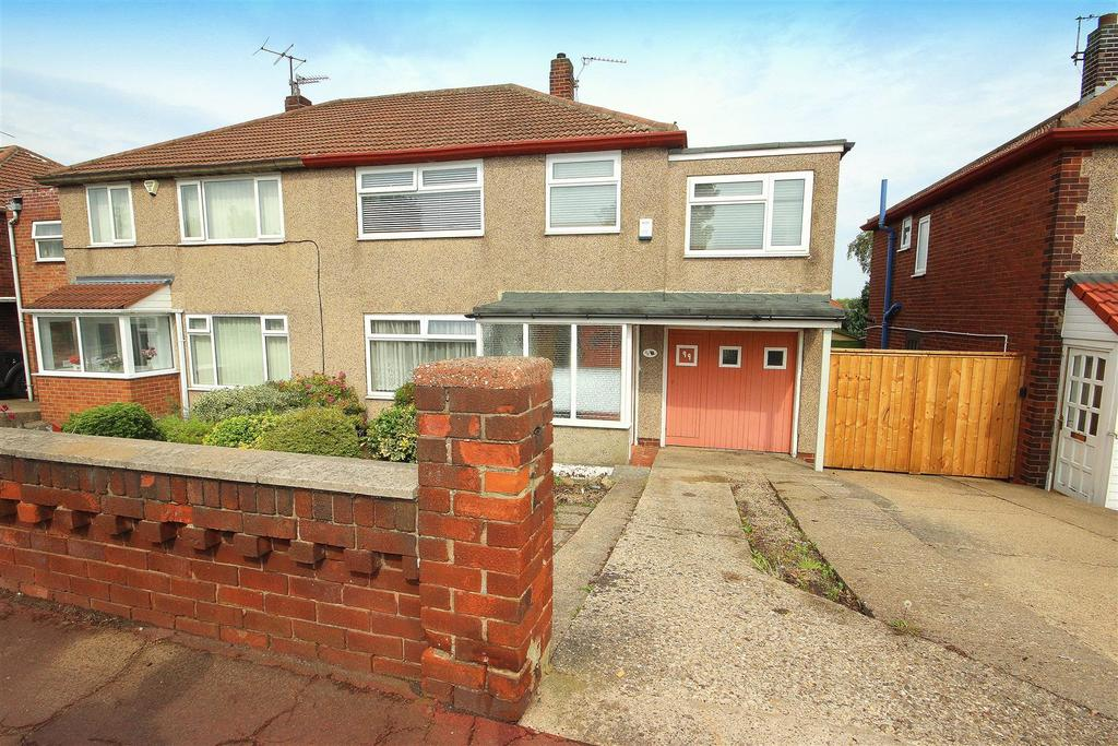 4 Bedrooms Semi Detached House for sale in Catcote Road, Brooke Estate, Hartlepool