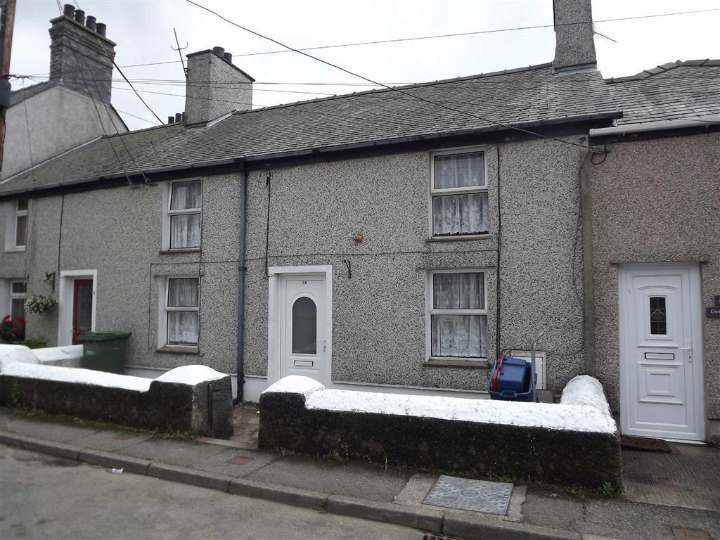 3 Bedrooms Terraced House for sale in Llaneilian Road, Amlwch Port, Anglesey