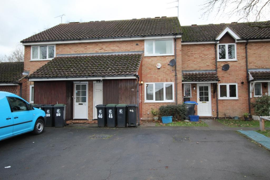 1 Bedroom Maisonette Flat for sale in Hampden Close, North Weald, CM16