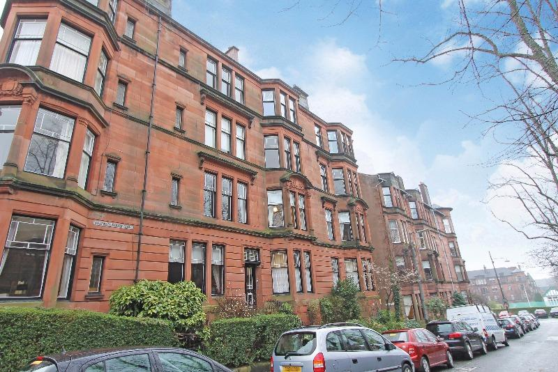 4 Bedrooms Flat for rent in Queensborough Gardens , Hyndland, Glasgow, G12 9PP