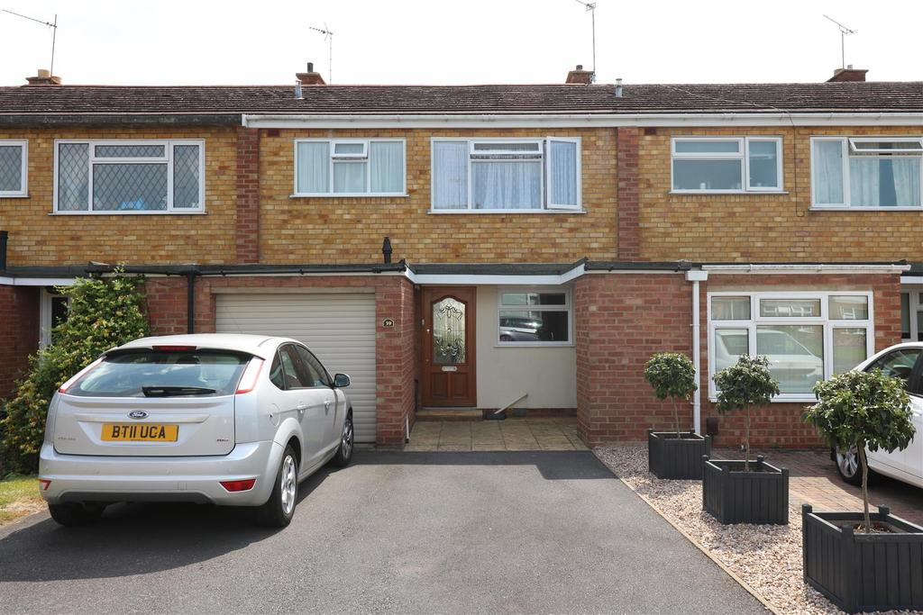 3 Bedrooms Terraced House for sale in Foxes Way, Warwick