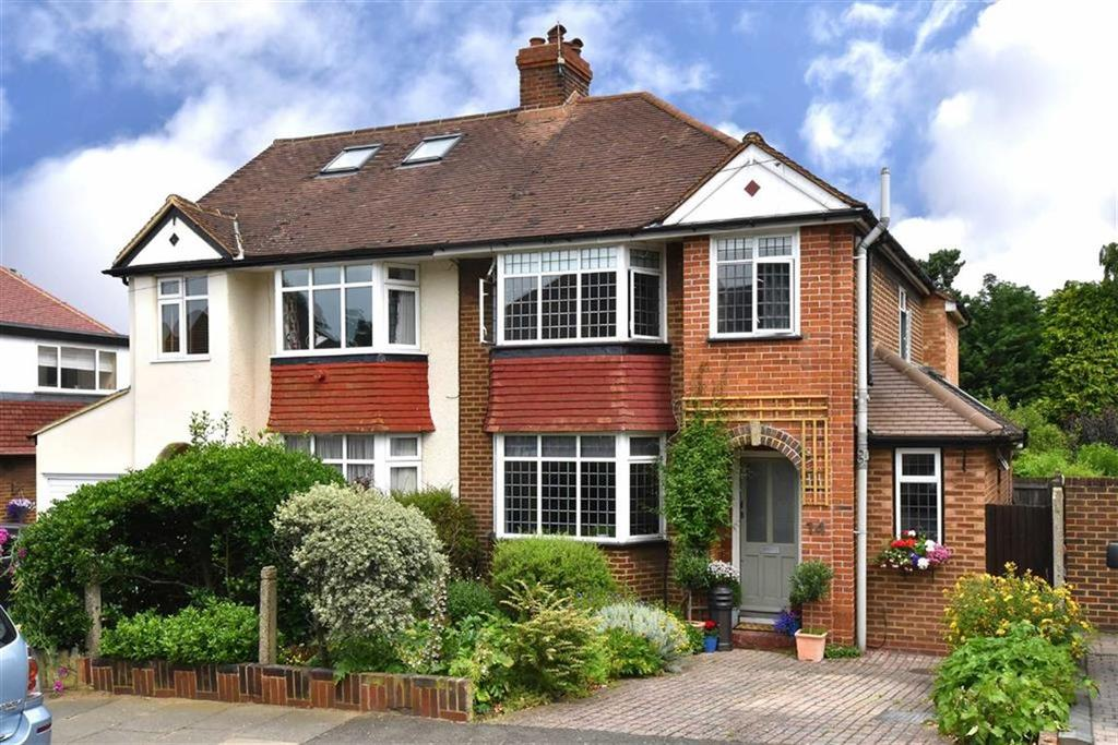 4 Bedrooms Semi Detached House for sale in Chatham Avenue, Hayes, Kent