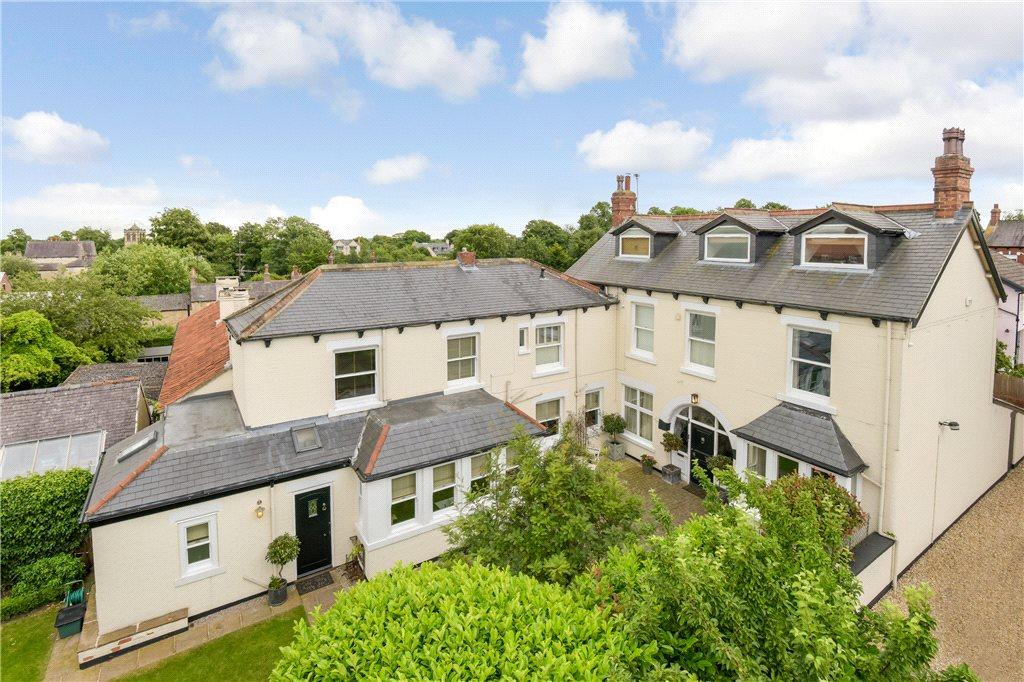 5 Bedrooms Detached House for sale in Chestnut Avenue, Boston Spa, Leeds