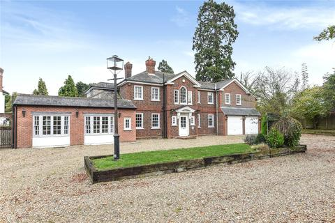 5 bedroom detached house to rent - Oakley Road, Bromley, BR2