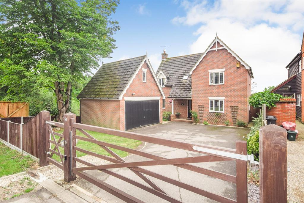 4 Bedrooms Detached House for sale in Colchester Road, Great Totham