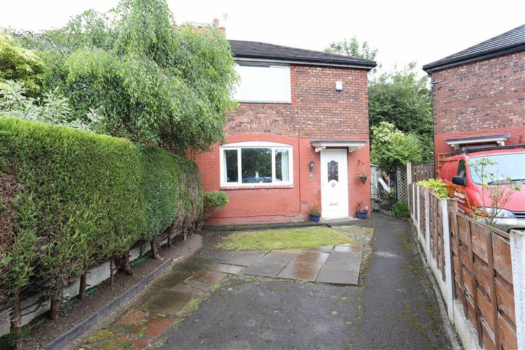 3 Bedrooms Semi Detached House for sale in Meachin Avenue, Chorlton, Manchester
