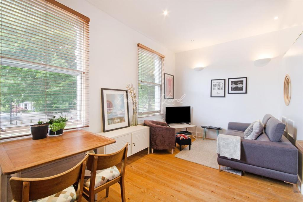 1 Bedroom Flat for sale in Northwold Road, N16