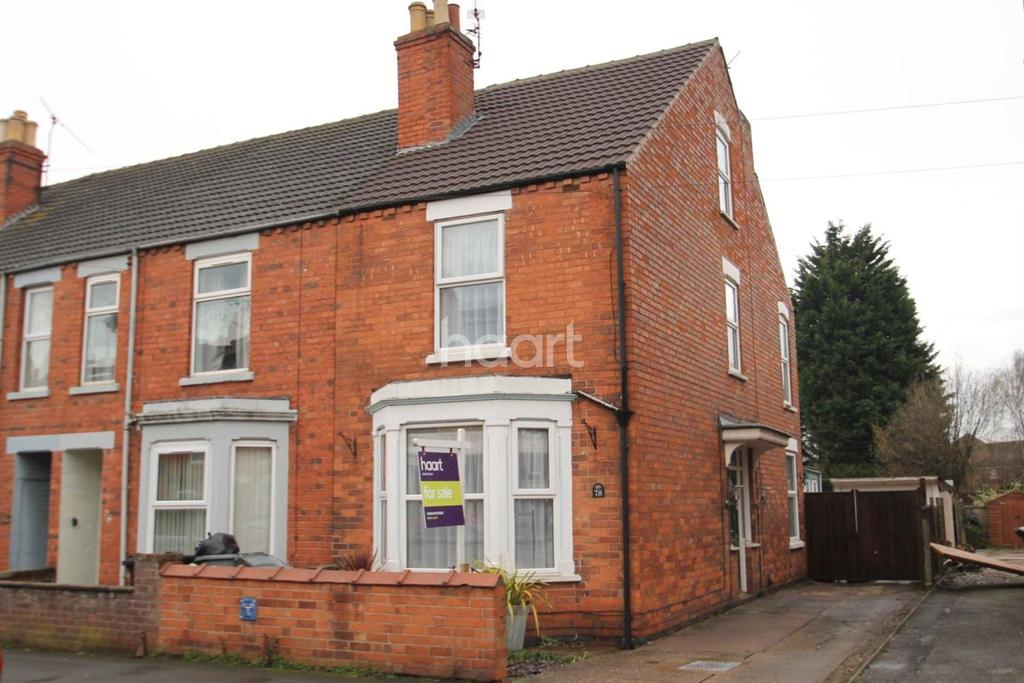 4 Bedrooms End Of Terrace House for sale in Huntingtower Road, Grantham