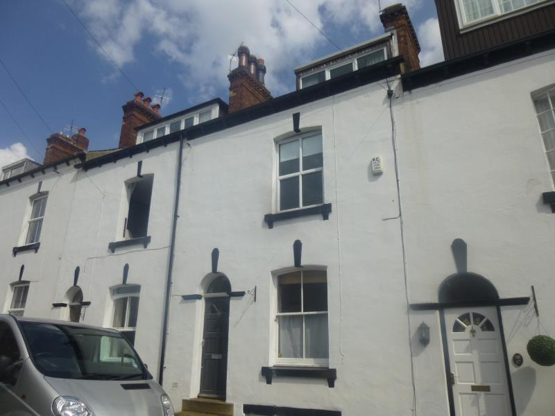 3 Bedrooms Terraced House for rent in VICTORIA STREET, CHAPEL ALLERTON, LS7 4PA