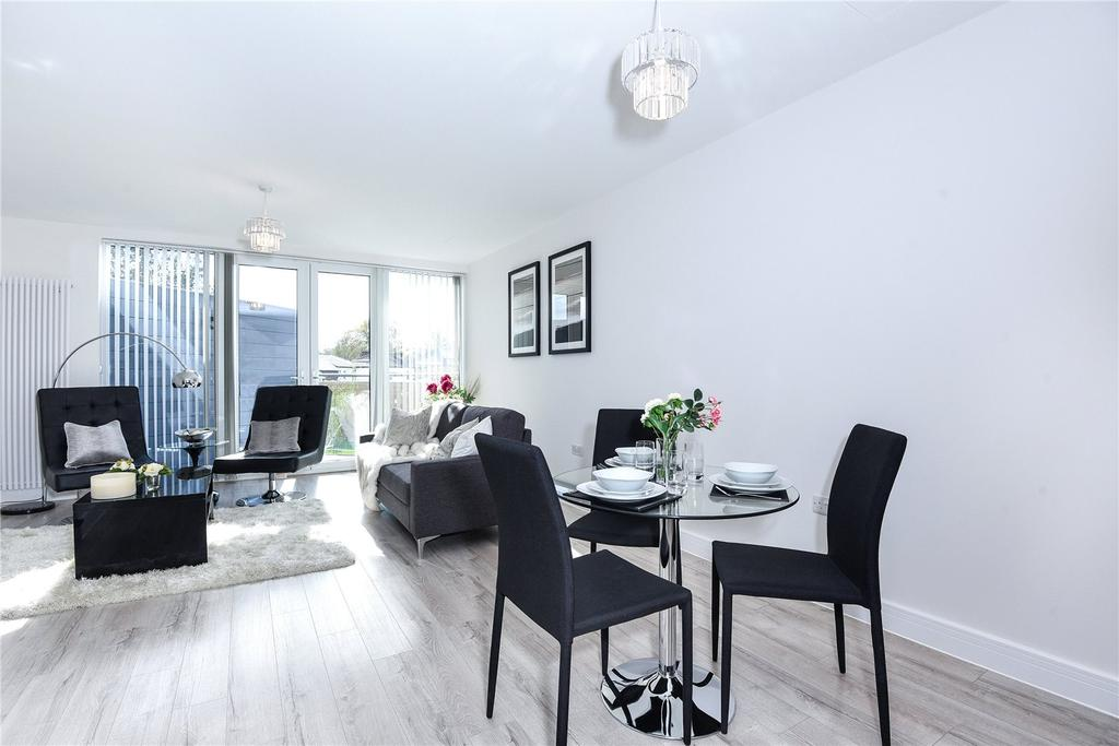 2 Bedrooms Apartment Flat for sale in Leavesden Road, Watford, Hertfordshire, WD24