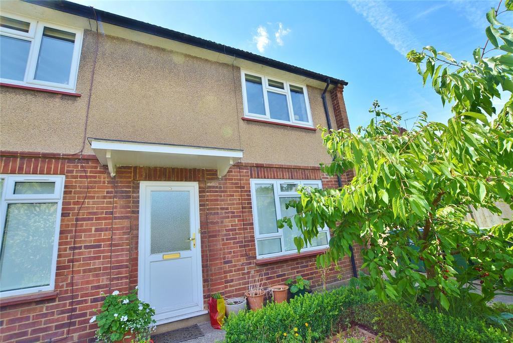 2 Bedrooms Maisonette Flat for sale in Chalk Hill, Watford, Hertfordshire, WD19