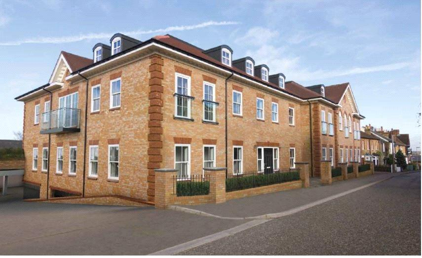 2 Bedrooms Apartment Flat for sale in Bournehall House, Bournehall Road, Bushey Village, Hertfordshire, WD23