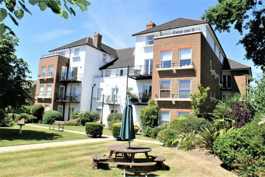 2 Bedrooms Flat for sale in 55 Rectory Road, Beckenham