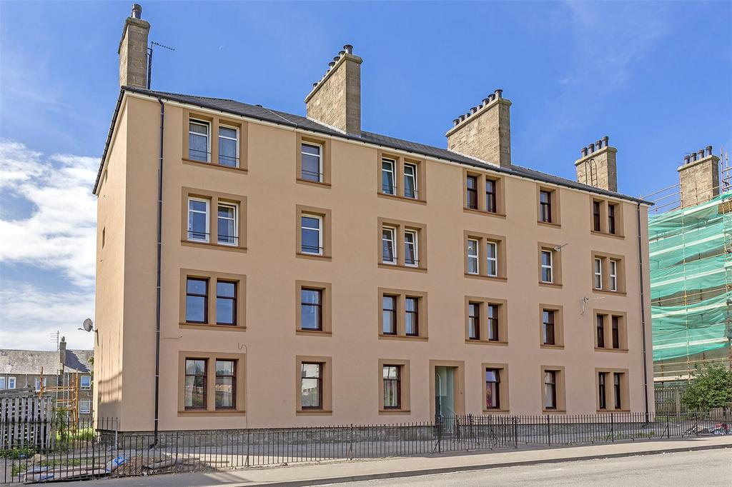 3 Bedrooms Flat for sale in 14G Fairbairn Street, Dundee, Angus, DD3