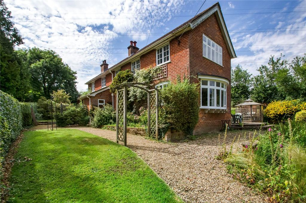 4 Bedrooms Detached House for sale in Packridge Lane, Romsey, Hampshire, SO51