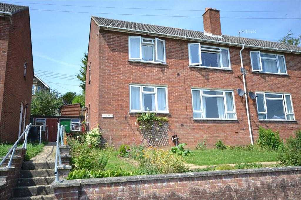 1 Bedroom Flat for sale in Queens Road, Tisbury, Salisbury, Wiltshire, SP3