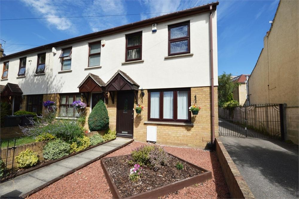 3 Bedrooms End Of Terrace House for sale in Invicta Road, Dartford