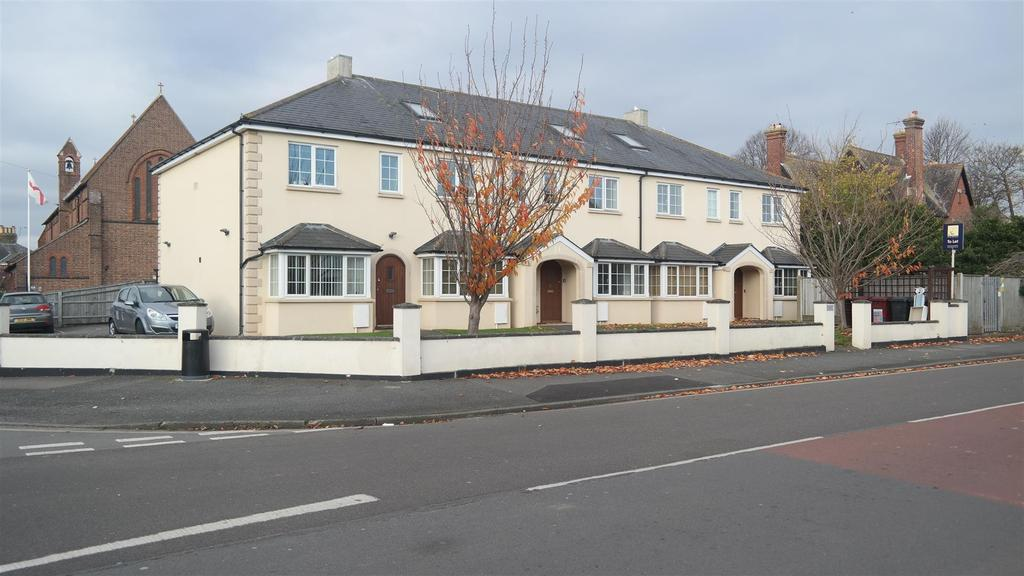 2 Bedrooms Apartment Flat for sale in Cleveland Road, Chichester