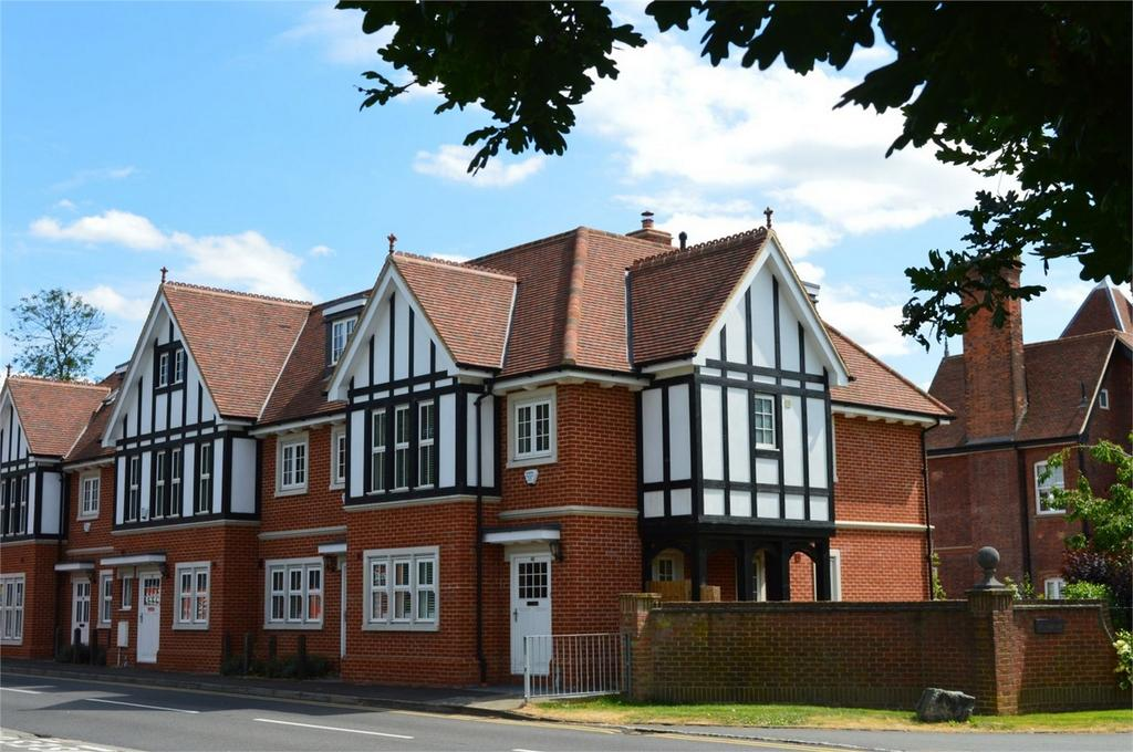 4 Bedrooms End Of Terrace House for sale in 48 Parsonage Lane, Bishop's Stortford