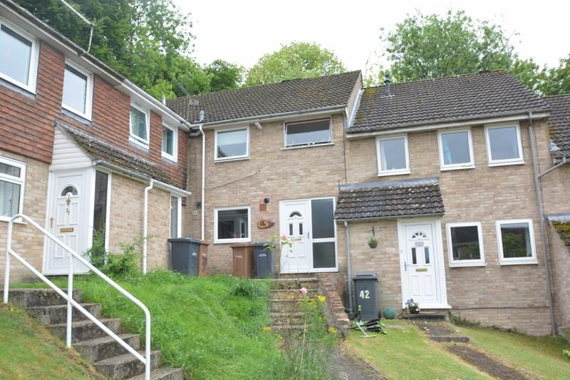 3 Bedrooms Maisonette Flat for sale in Herons Rise, Andover