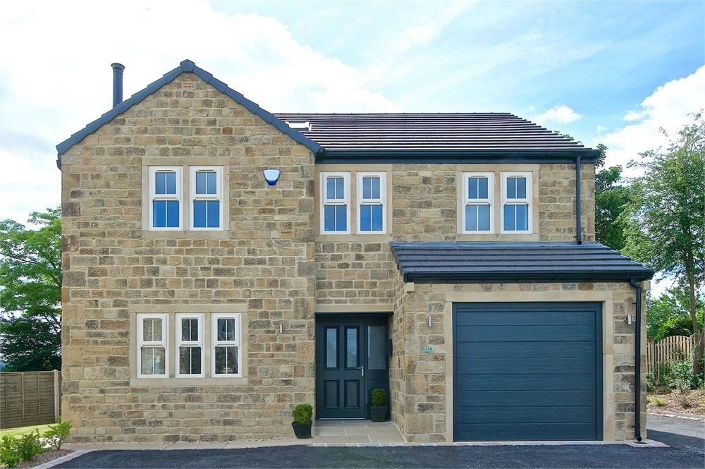 5 Bedrooms Detached House for sale in Knowler Hill, LIVERSEDGE, West Yorkshire