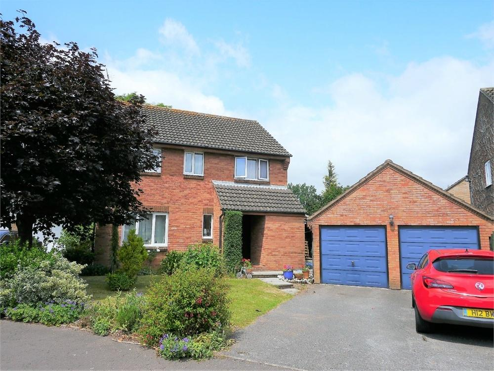4 Bedrooms Detached House for sale in Mallard Way, Penarth
