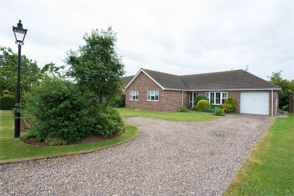 3 Bedrooms Detached Bungalow for sale in Millers View, Old Leake, Boston, Lincolnshire