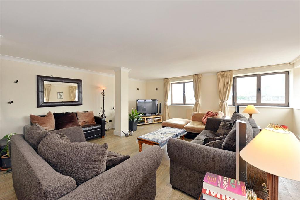 3 Bedrooms Flat for sale in Cumberland Mills Square, London