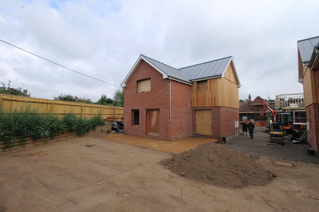 3 Bedrooms Detached House for sale in Melton, Nr Woodbridge, Suffolk