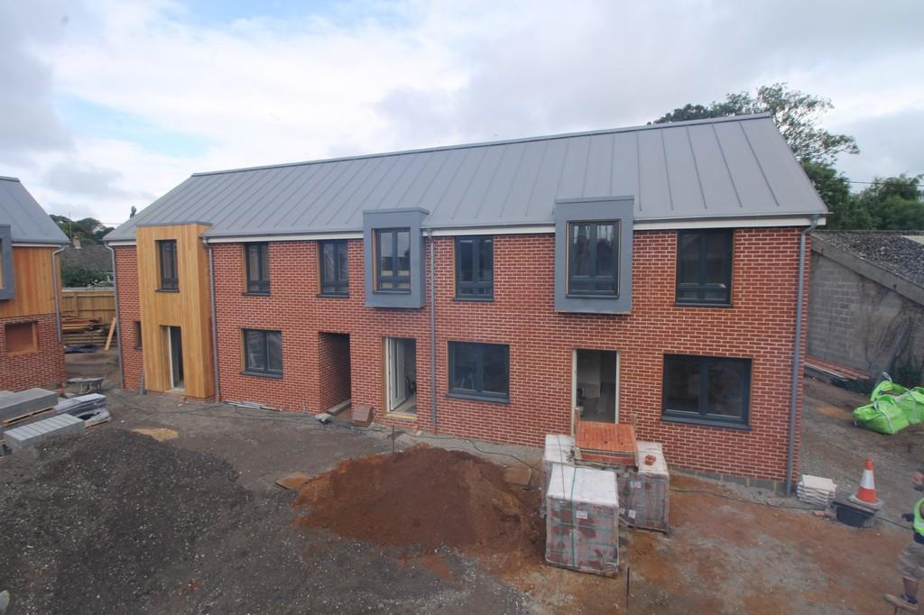 2 Bedrooms Terraced House for sale in Melton, Nr Woodbridge, Suffolk