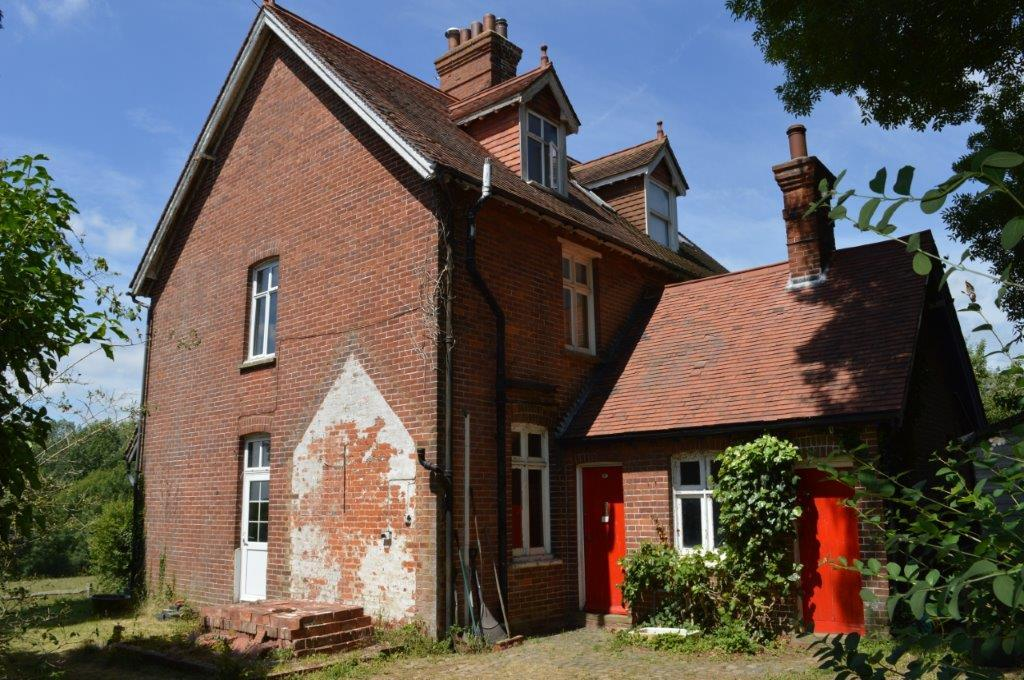 3 Bedrooms Semi Detached House for sale in Sunnyside, Church Street, Ticehurst TN5