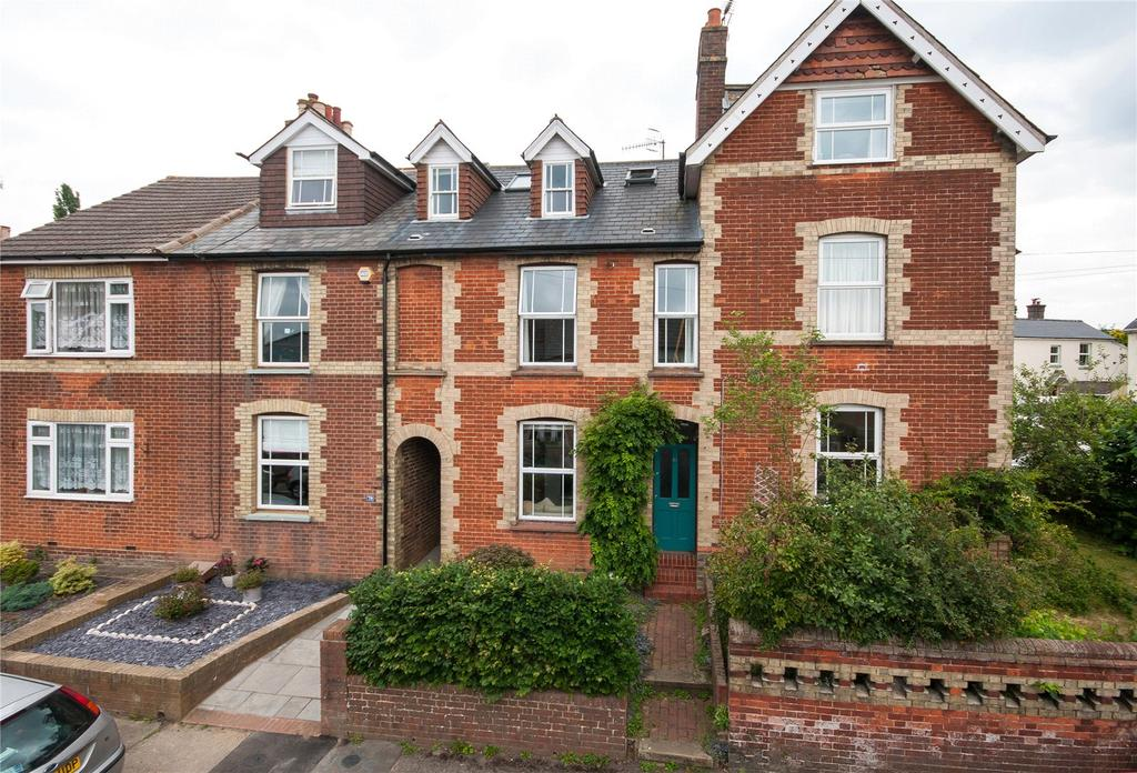 4 Bedrooms Terraced House for sale in Priory Road, Reigate, Surrey, RH2