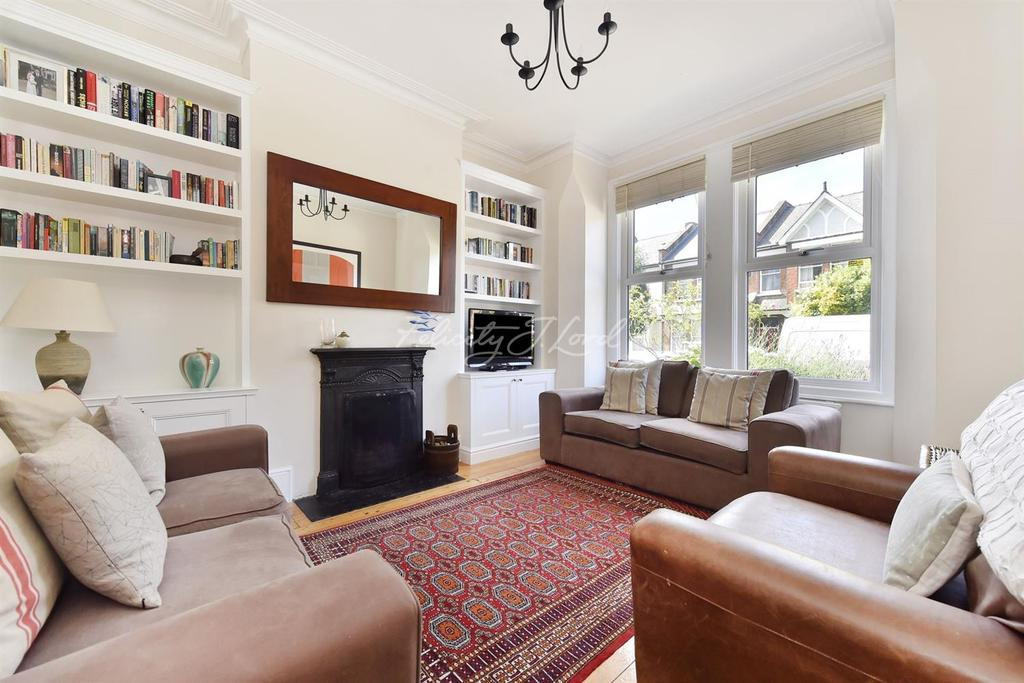 4 Bedrooms Terraced House for sale in Vartry Road, N15