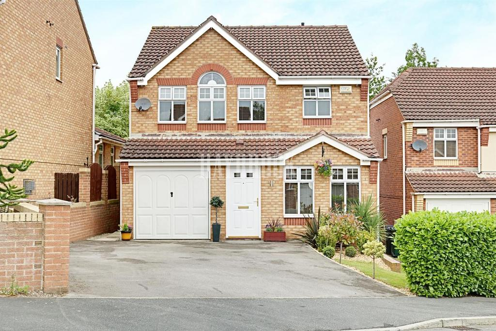 4 Bedrooms Detached House for sale in Rother Croft, Hoyland