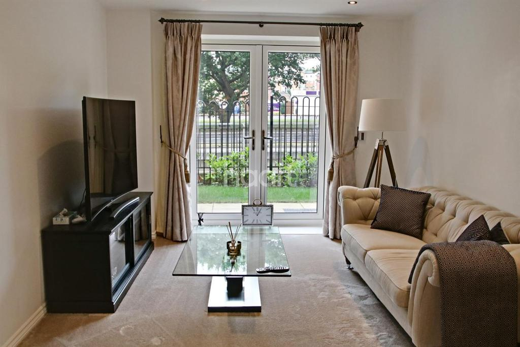 1 Bedroom Flat for sale in Truly Stunning