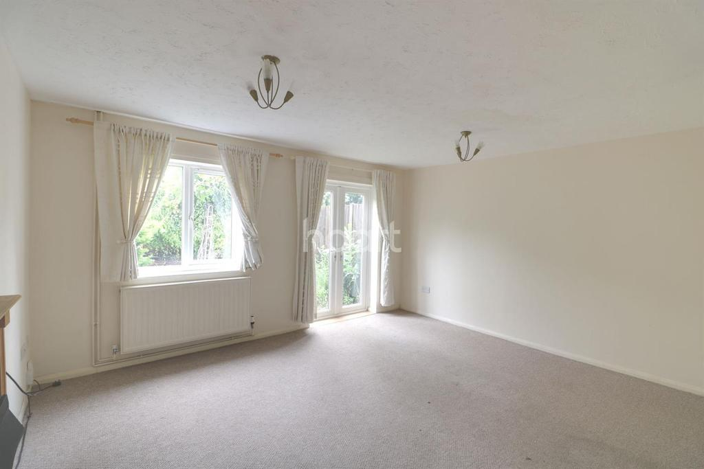 3 Bedrooms Terraced House for sale in Lushington Close
