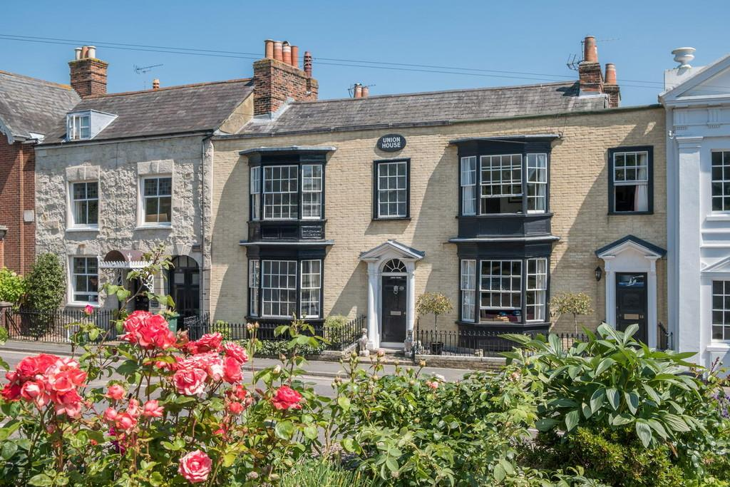 4 Bedrooms Town House for sale in Cowes, Isle of Wight