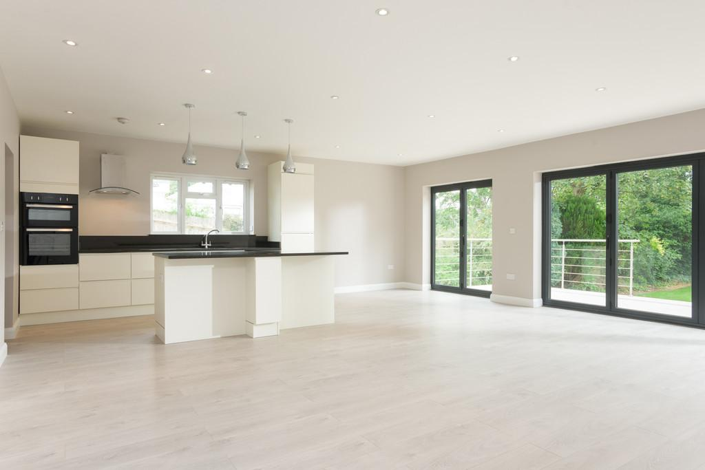 3 Bedrooms Detached Bungalow for sale in Loxley Road, Stratford-Upon-Avon