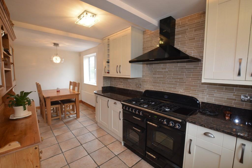 4 Bedrooms Detached House for sale in Skelton, East Yorkshire