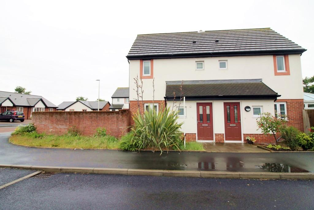 1 Bedroom Semi Detached House for sale in Sycamore Drive, Longtown, Carlisle