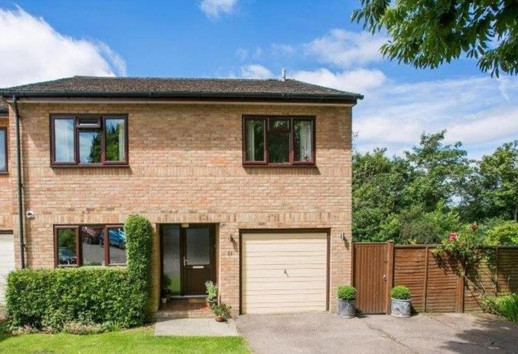 4 Bedrooms House for sale in Howard Gardens, Tunbridge Wells