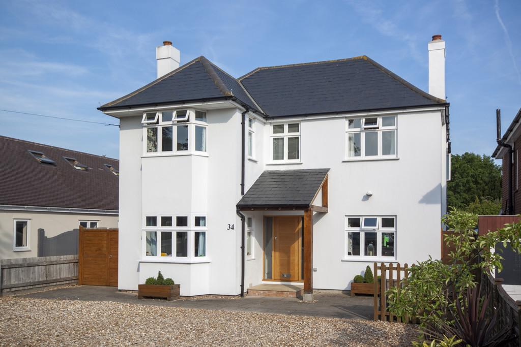 4 Bedrooms Detached House for sale in Hinton Way, Great Shelford