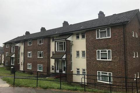 2 bedroom flat to rent - Auckland Rise, London, SE19 2DX