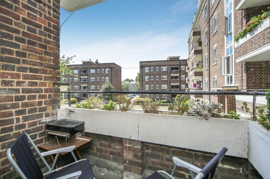 2 Bedrooms Apartment Flat for sale in Carlton Road N4 4NJ