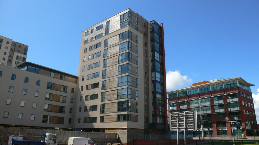 1 Bedroom Apartment Flat for sale in Atlas House, Falcon Drive, Cardiff Bay