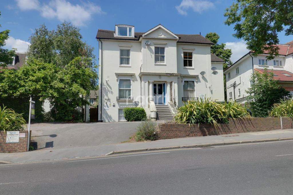 Studio Flat for sale in Lyndhurst Court, Thornton Heath, SE25