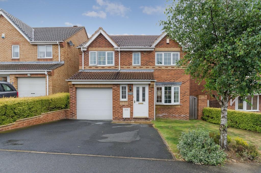 4 Bedrooms Detached House for sale in Kingsley Drive, Castleford
