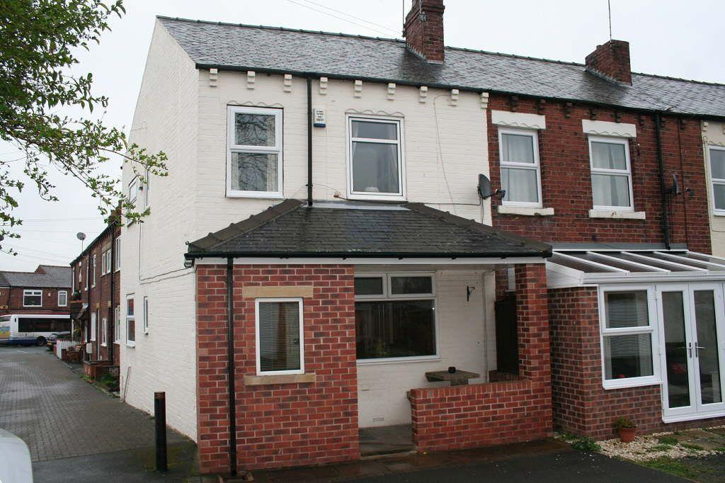 3 Bedrooms Terraced House for sale in Heys Buildings, Altofts, Altofts, West Yorkshire